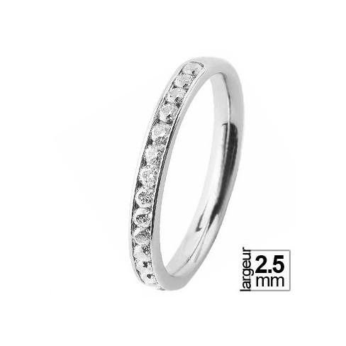 Une superbe alliance de mariage en Or jaune 750ème serti de 16 diamants pour un total de 0,50 ct. Délai de fabrication : 3 semai