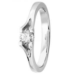 Bague solitaire diamant serti carré 4 griffes en Platine
