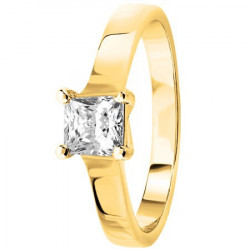 Bague solitaire diamant princesse serti 4 griffes en Or jaune 750
