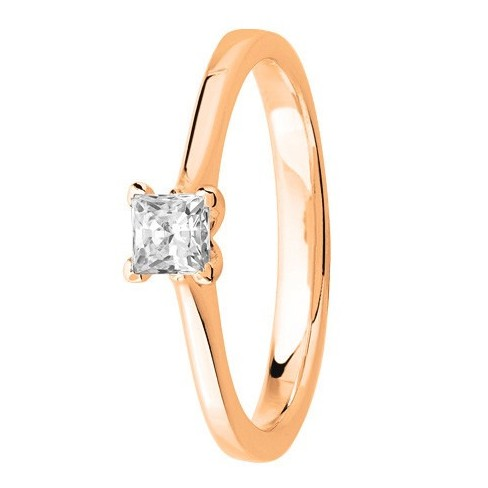 Bague solitaire diamant serti 4 griffes diamant carré en Or rose