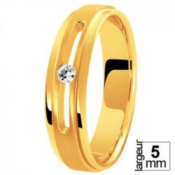Alliance de mariage diamant serti dans une ouverture rail
